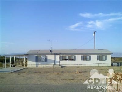 2496 Sea Life Avenue, Salton City, CA 92274