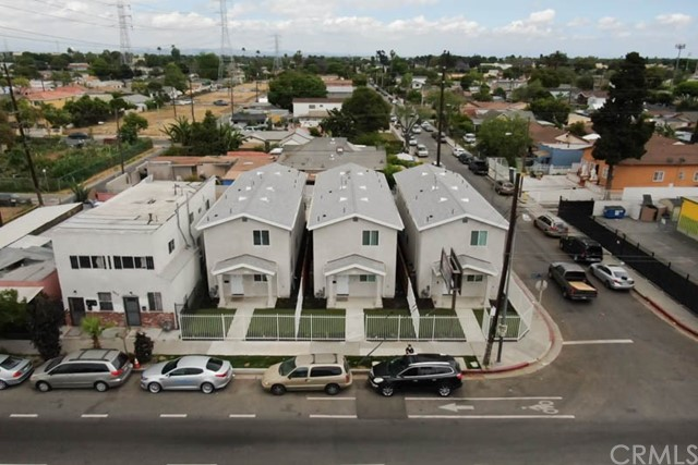 9816 S Central Ave, Los Angeles, CA 90002