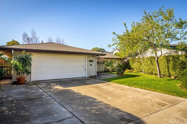 1221 Drake Circle, San Luis Obispo, CA 93405