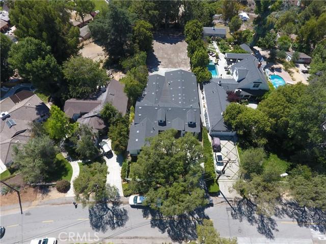41. 19 Dapplegray Lane Rolling Hills Estates, CA 90274