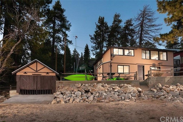 39005 W North Shore Drive, Big Bear, CA 92333