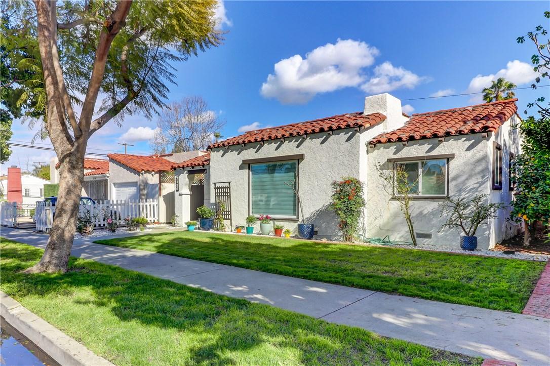 2380 Pine Avenue, Long Beach, CA 90806