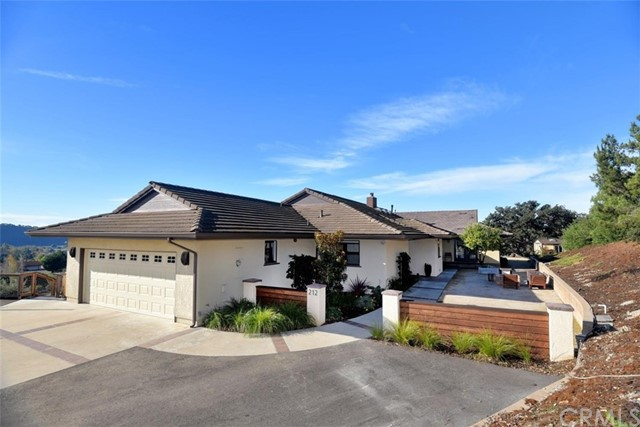 212 Country Hills Lane, Arroyo Grande, CA 93420
