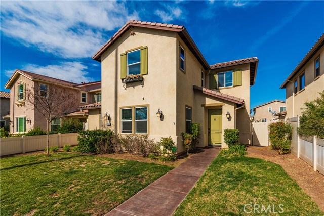 17043 Sherman Way, Lake Balboa, CA 91406