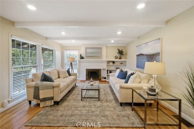 864 GRANDVIEW Avenue, Fullerton, CA 92832