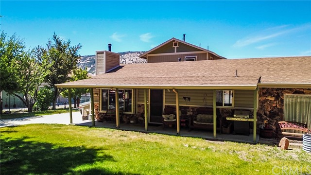 1113 E Fairway Boulevard, Big Bear, CA 92314