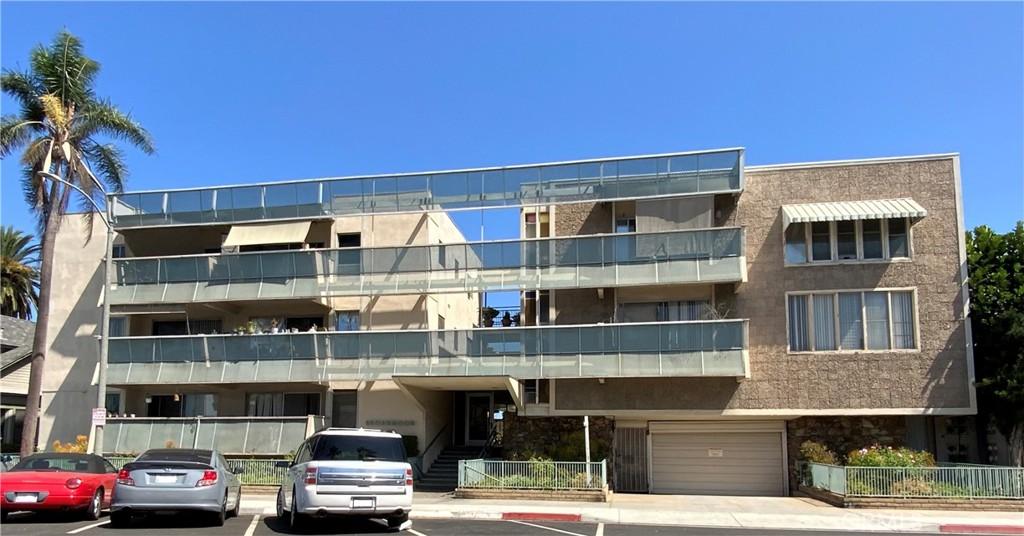 528     Cedar Avenue     2N, Long Beach CA 90802