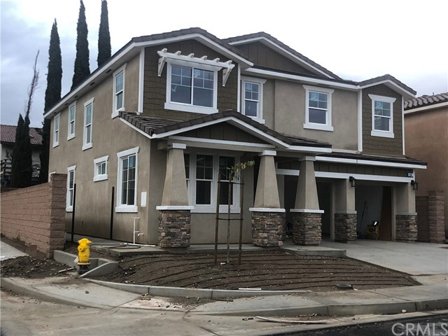698 W Lourdes Lane, Rialto, CA 92376