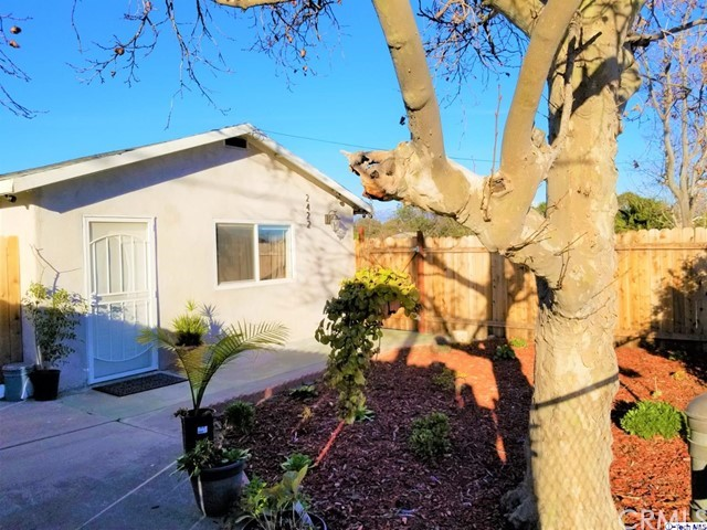 2422 W Rialto Avenue, San Bernardino, CA 92410