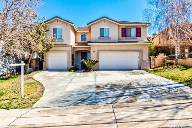 8440 Newburgh Street, Riverside, CA 92508