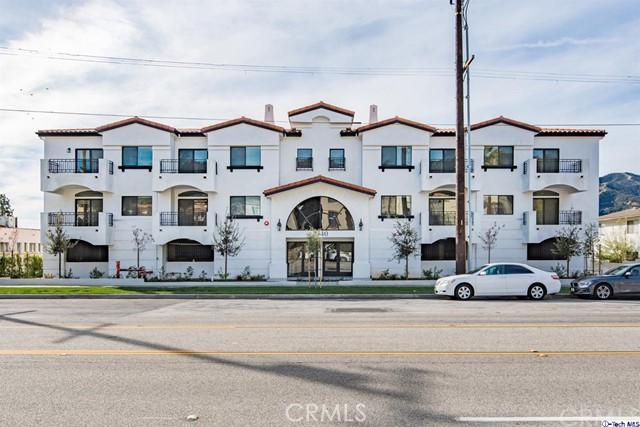2340 Montrose Avenue 302, Montrose, CA 91020