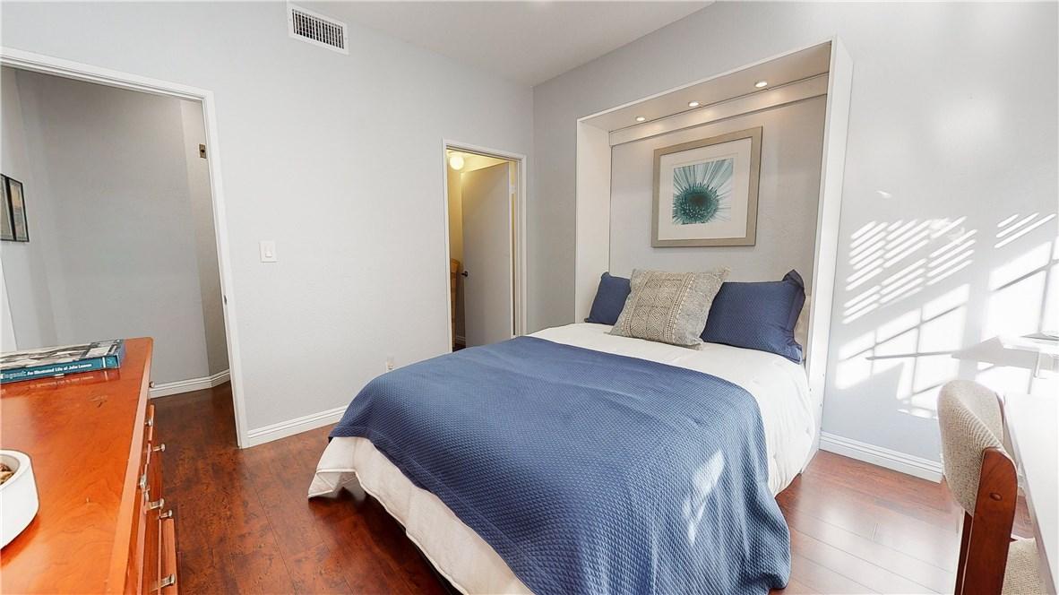 221 Oak Knoll Avenue 104, Pasadena, California 91101, 2 Bedrooms Bedrooms, ,1 BathroomBathrooms,For Sale,Oak Knoll,PF20210005