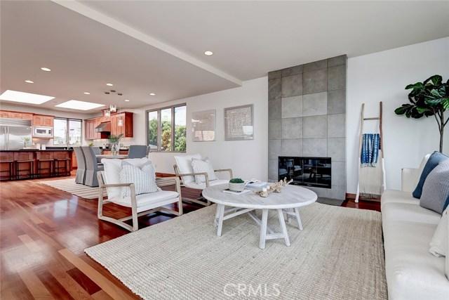 1018 17th Street, Hermosa Beach, California 90254, 4 Bedrooms Bedrooms, ,2 BathroomsBathrooms,For Sale,17th,SB20134549