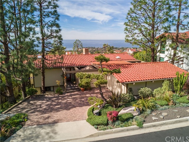 1315 Via Zumaya Street, Palos Verdes Estates, California 90274, 4 Bedrooms Bedrooms, ,3 BathroomsBathrooms,For Rent,Via Zumaya,OC18136327