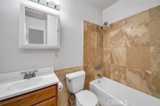 1440 Manhattan Beach Boulevard D, Manhattan Beach, California 90266, 3 Bedrooms Bedrooms, ,2 BathroomsBathrooms,For Rent,Manhattan Beach,SB21033964