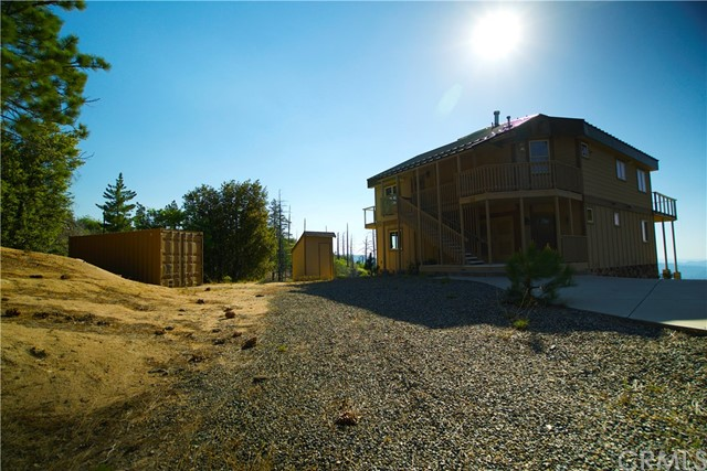 118 Trail End Rd, Green Valley Lake, CA 92341 Photo 2