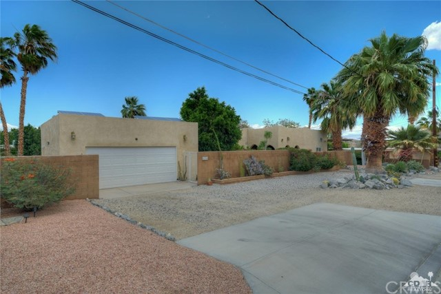 68364 Hilltop Lane, Cathedral City, CA 92234