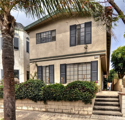 217 10th Street, Seal Beach, CA 90740