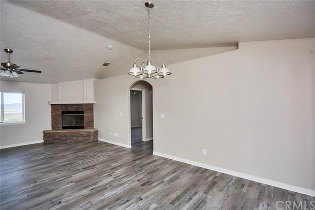 32755 Spinel Rd, Lucerne Valley, CA 92356 Photo 7