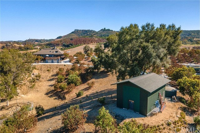 Photo of 40505 Sandia Creek Drive, Fallbrook, CA 92028