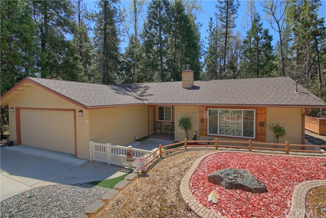 52950 Chapparal Drive, Oakhurst, CA 93644
