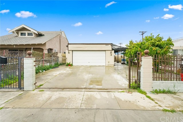 9219 Parmelee Avenue, Los Angeles, CA 90002