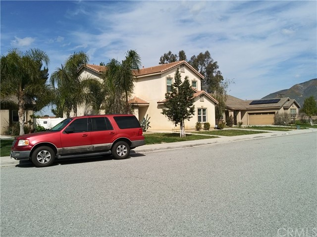 171 Honeysuckle Circle, San Jacinto, CA 92583