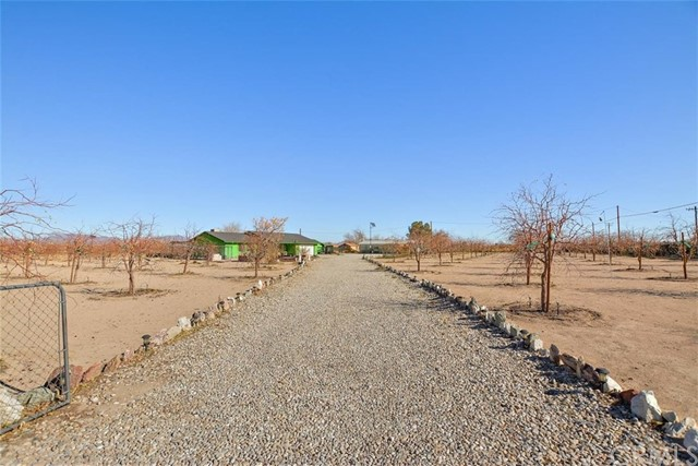 34738 Old Woman Springs Rd, Lucerne Valley, CA 92356 Photo 40
