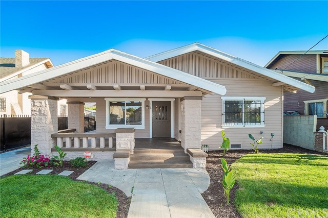 716 W 49th Place, Los Angeles, CA 90037