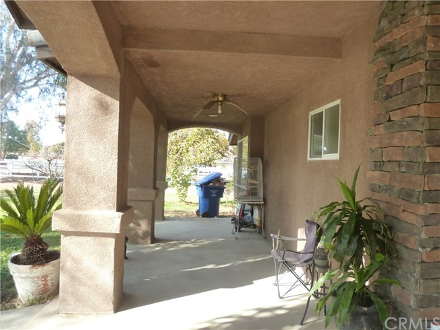 16200 Brimhall Road, Bakersfield, CA 93314