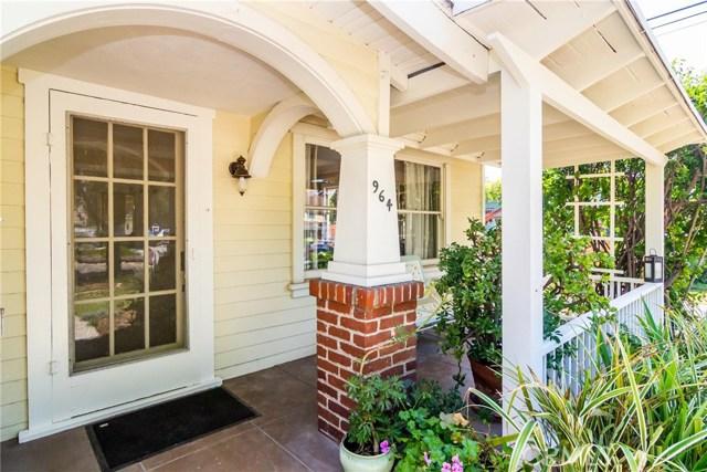 964 N Sierra Bonita Avenue, Pasadena, CA 91104