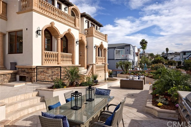 600 The Strand, Hermosa Beach, California 90254, 6 Bedrooms Bedrooms, ,8 BathroomsBathrooms,For Sale,The Strand,SB20233705