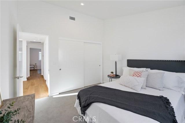 2ns bedroom, main floor