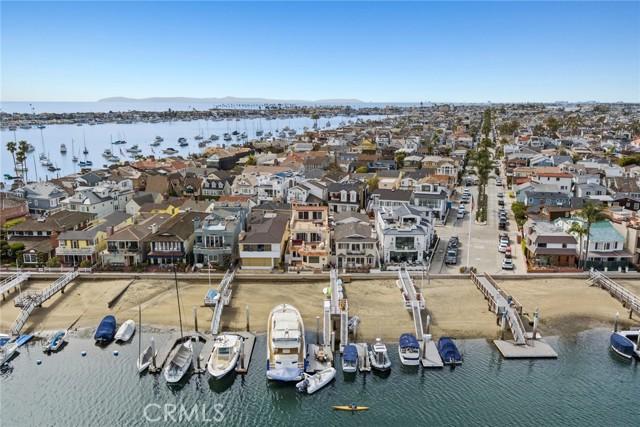 Photo of 125 E Bay Front, Newport Beach, CA 92662