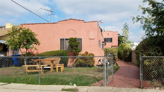 517 W 42nd Place, Los Angeles, CA 90037