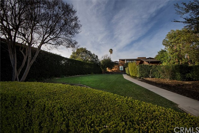 570 Allendale Road Pasadena, CA 91106