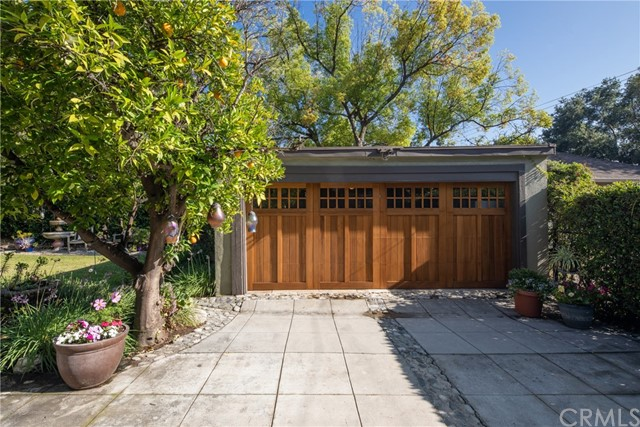 1004 E Topeka St, Pasadena, CA 91104 Photo 4