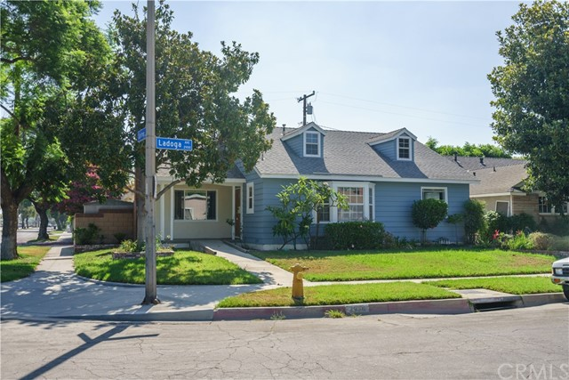 2956 Ladoga Avenue, Long Beach, CA 90815