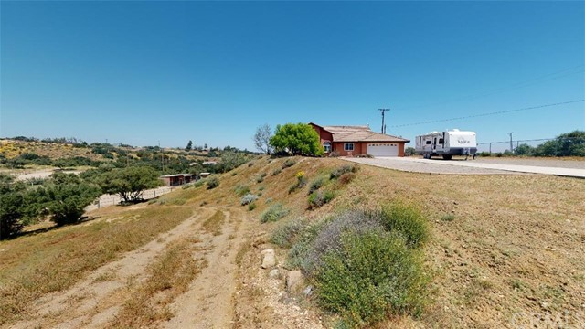 7084 Aster Rd, Oak Hills, CA 92344 Photo 65