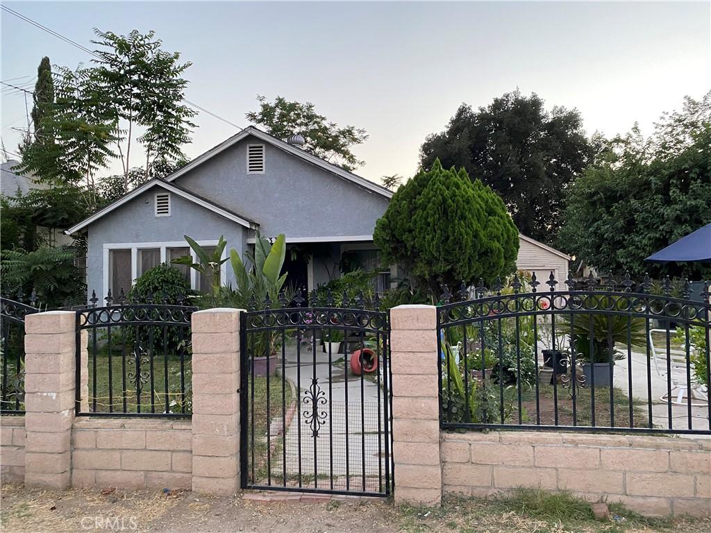 339     Pacific Avenue, Riverside CA 92507