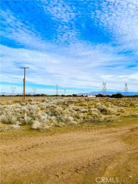 8729 Aster Rd, Oak Hills, CA 92344 Photo 14