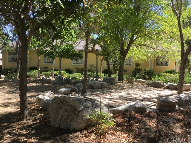 10323 Evergreen Road, Pinon Hills, CA 92372