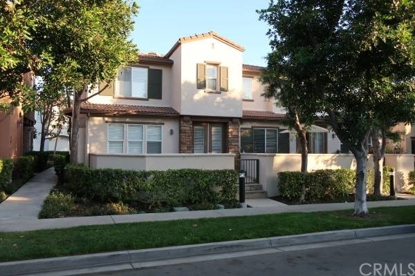 12 Moonstone 90, Irvine, CA 92602