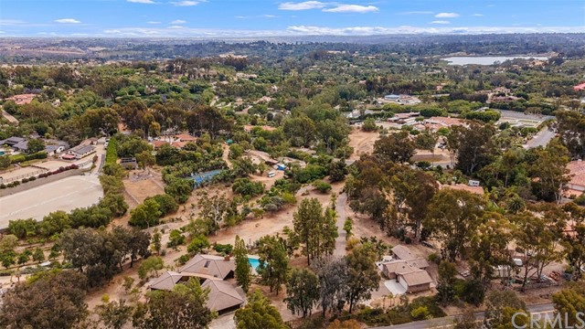 38. 6983 Via Del Charro Rancho Santa Fe, CA 92067