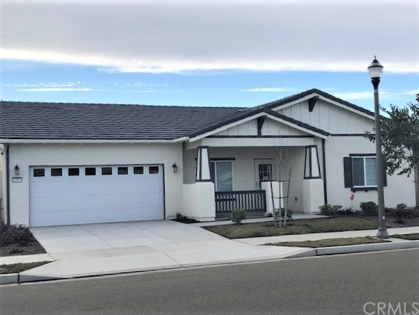 1545 S Madison Lane, Santa Maria, CA 93458