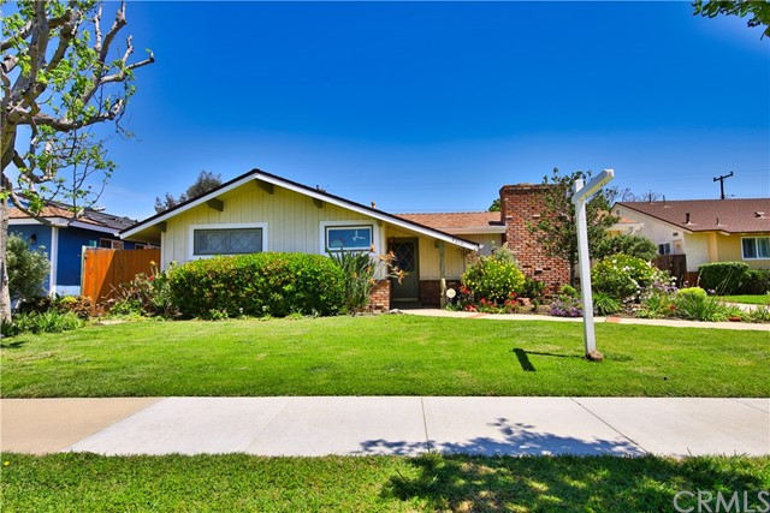 4210 Levelside Avenue, Lakewood, CA 90712