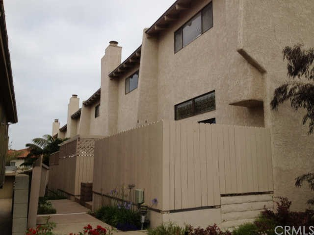 209 Juanita Avenue E, Redondo Beach, California 90277, 2 Bedrooms Bedrooms, ,2 BathroomsBathrooms,For Rent,Juanita,SB19129104