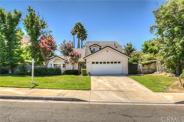 22951 De Berry Street, Grand Terrace, CA 92313