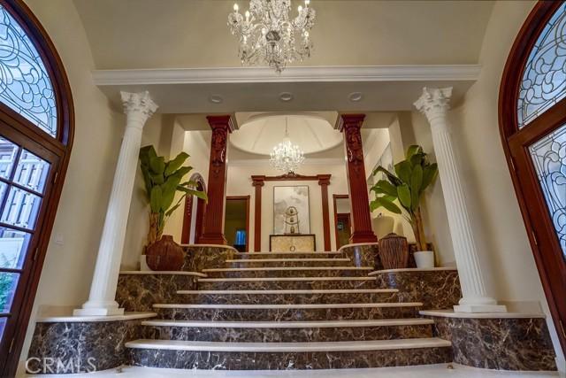 Foyer III