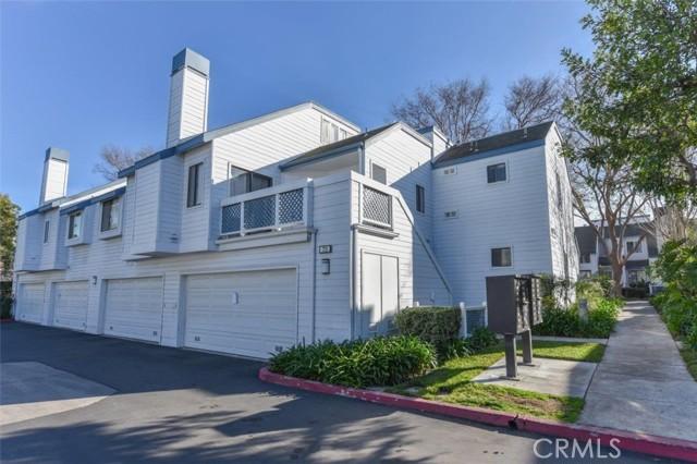 27. 65 Greenmoor #40 Irvine, CA 92614